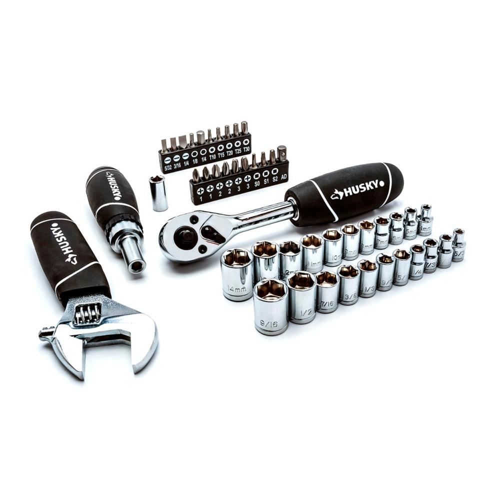 Husky Stubby Set with Extendable Ratchet (46-Piece)