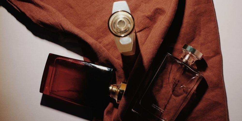 Presentation de flacons de parfum