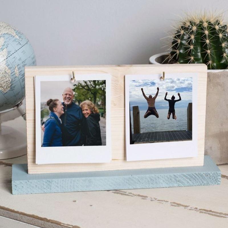 Deux photos accrochées sur une palette en bois pour la fête des pères Photobox